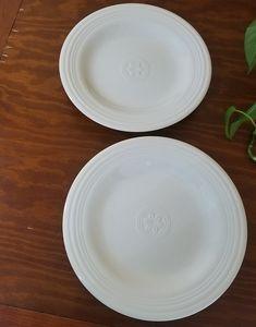 Petals by Oneida Plates, Set of 2